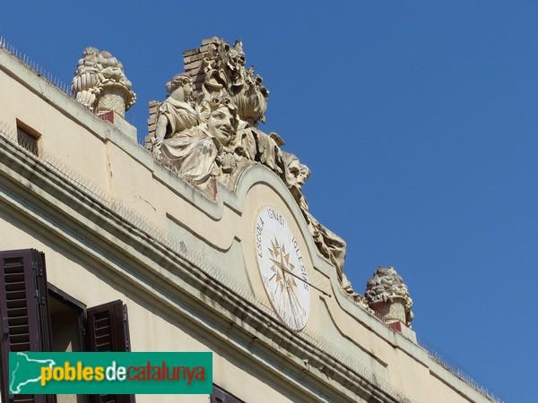 Frontó façana principal
