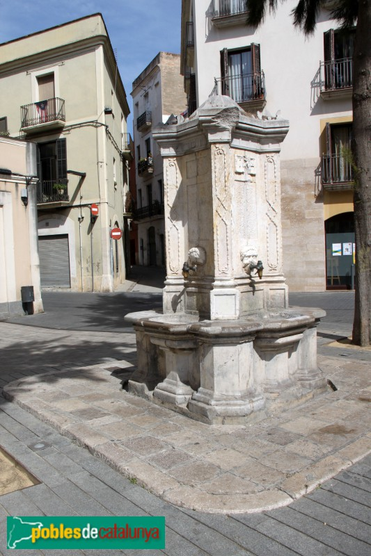 Vilanova i la Geltrú - Font de la plaça del Pou