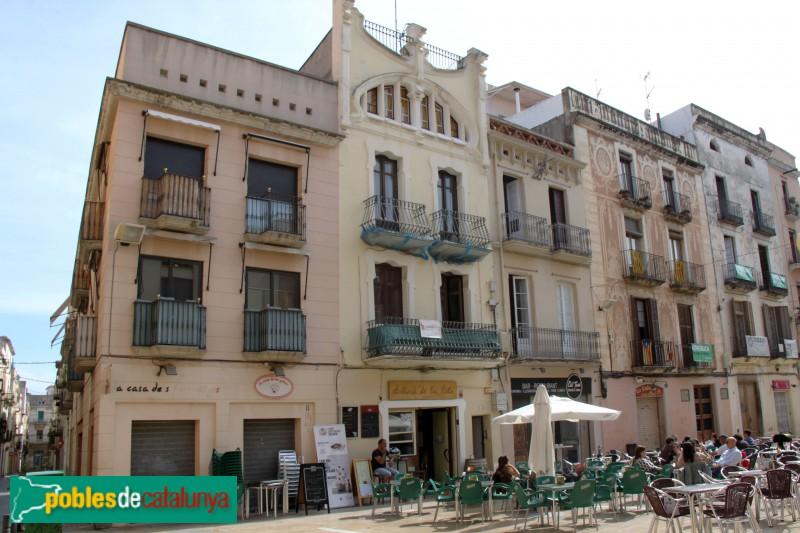 Vilanova i la Geltrú - Plaça de les Cols