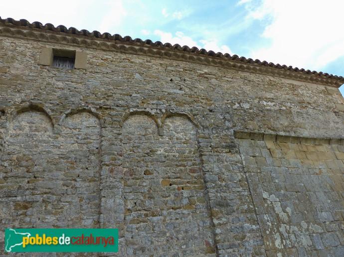 Arcuacions i sobre-alçat, façana nord