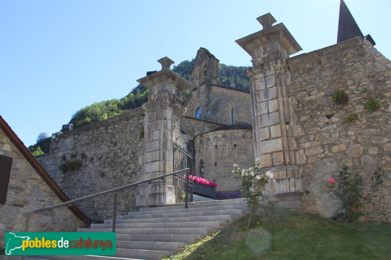 Arties - Castell, entrada al recinte (1800)