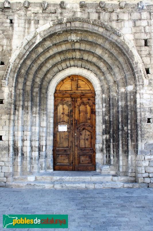 Arties - Església de Santa Maria, porta principal