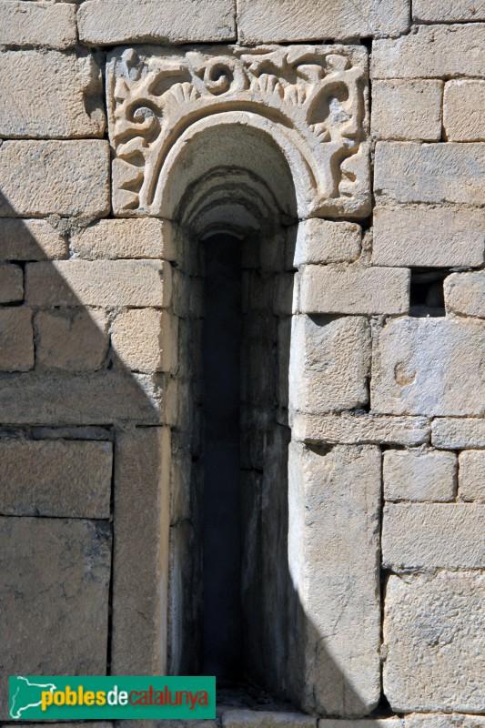 Arties - Església de Santa Maria, finestral romànic