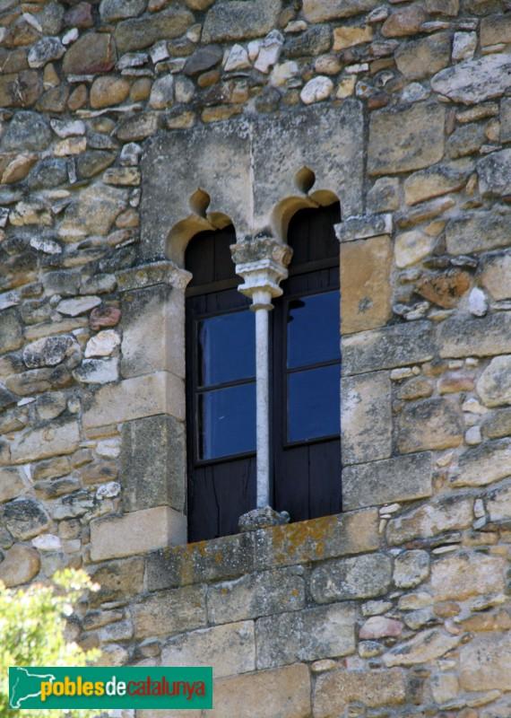 Vulpellac - Finestra de la torre