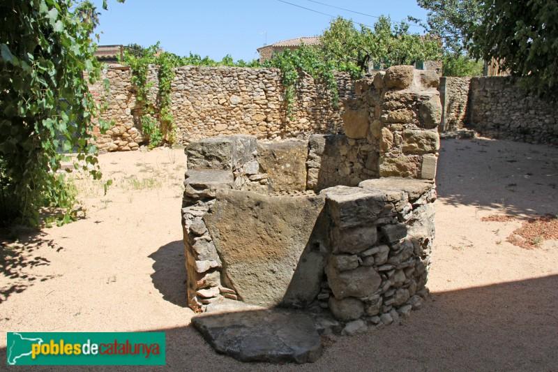 Vulpellac, pou medieval