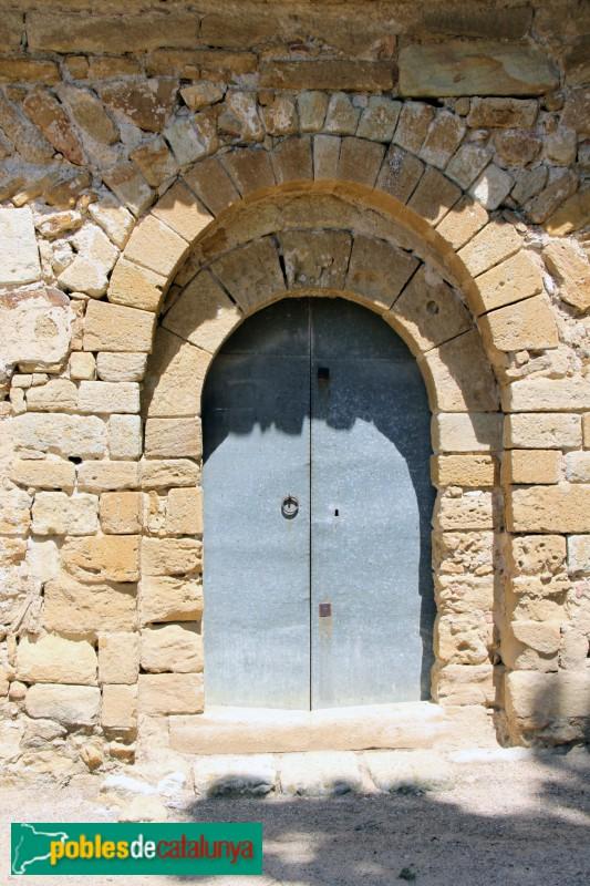 Canapost - Església de Sant Esteve, porta romànica