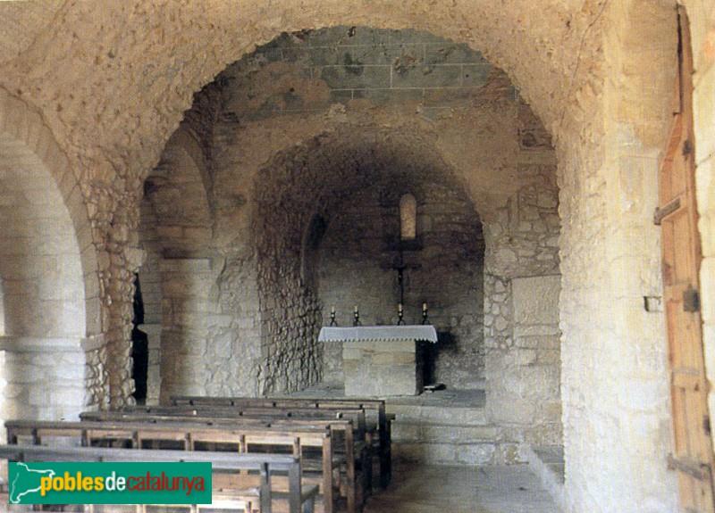 Canapost - Església de Sant Esteve, interior nau preromànica