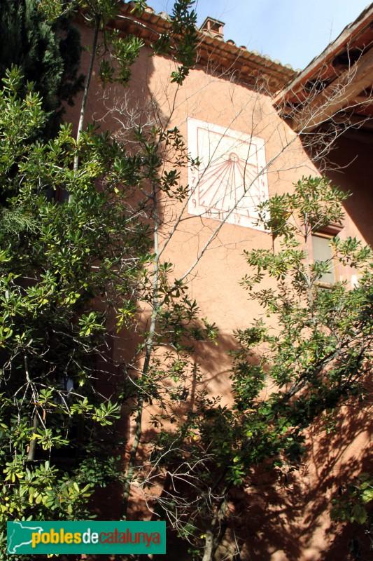 Torrelles de Llobregat - Can Güell, façana lateral