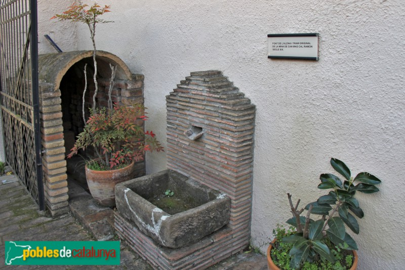 Torrelles de Llobregat - Ca la Cinta, font de l'Alzina i tram orignal d'una mina del segle XIX