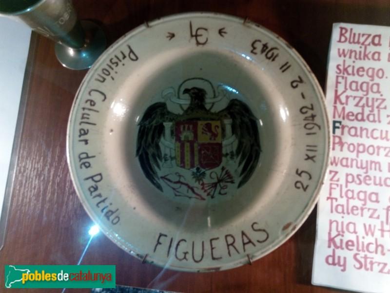 Peça procedent de la presó de Figueres, a un museu de Polònia
