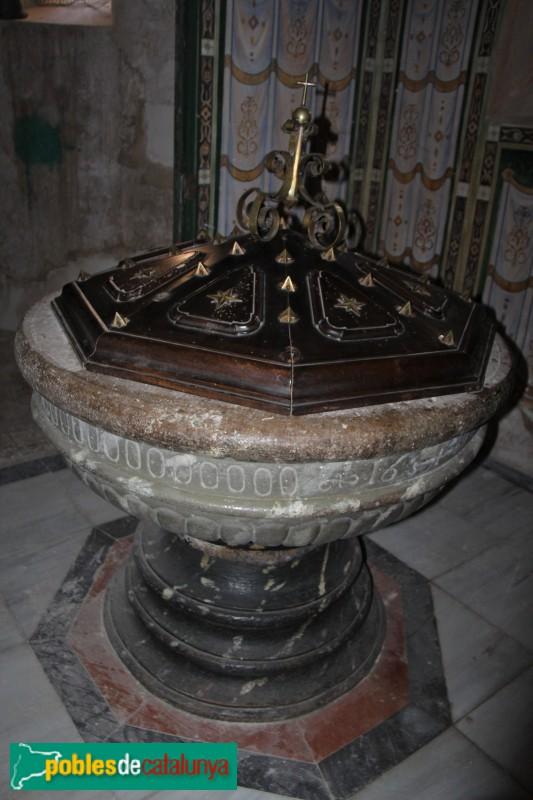 Verdú - Església de Santa Maria, pica baptismal