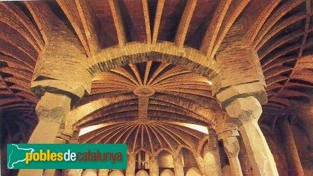 Santa Coloma de Cervelló - Cripta de la Colònia Güell