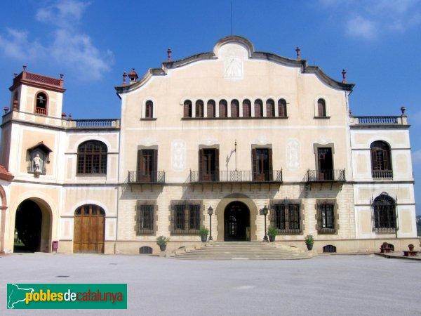 Sant Esteve Sesrovires - Masia Bach