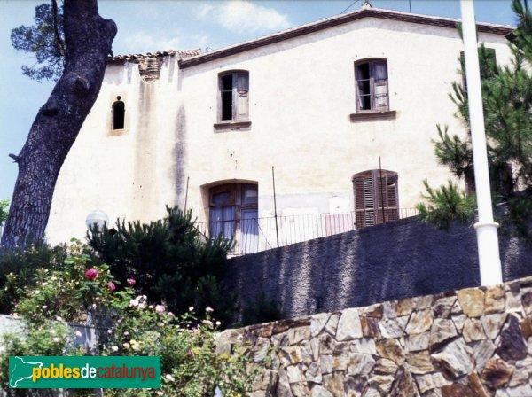 Can llovera sant feliu de llobregat pobles de catalunya for Gimnasio sant feliu de llobregat
